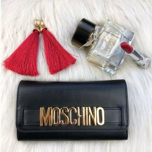 Moschino || Calf Leather Black Snap Wallet